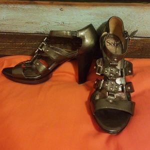 Sofft heels in stunning bronze size 8M